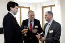 Dr. Alexander Dröge im Gespräch mit Teilnehmern