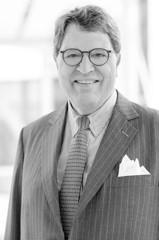 Dr. Reinhard Christian Zinkann | Vizepräsident und Schatzmeister